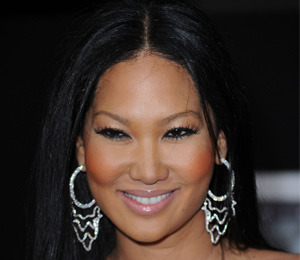 Kimora Lee Simmons Talks to 'Extra' from the 'Fab Lane'