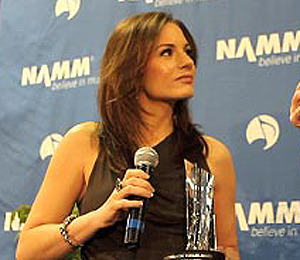 Video! Kara DioGuardi Receives Music for Life Award