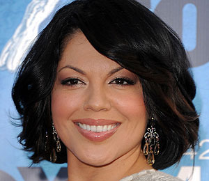 'Grey's Anatomy' Star Sara Ramirez to Perform at The Grove!
