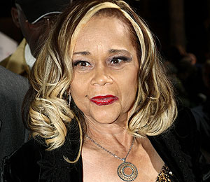 Etta James Hospitalized with Blood Infection