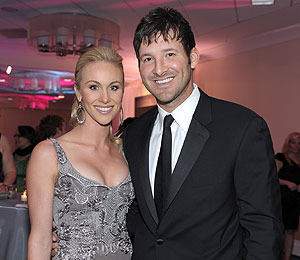 Extra Scoop: Jessica's Ex, Tony Romo, Getting Married This Weekend