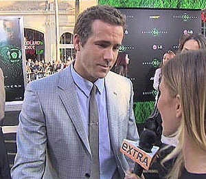 'Green Lantern' Premiere: Ryan on Ryan, Blake is Late