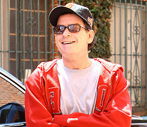 Charlie Sheen Heading to TV with 'Anger Management'