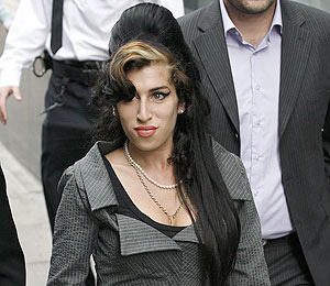 Extra Scoop: Amy Winehouse Tribute Special to Air Weds. on MTV