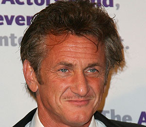Extra Scoop: The Real Deal on Sean Penn's Girlfriend