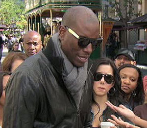 'Extra' Raw! Tyrese Gibson at The Grove