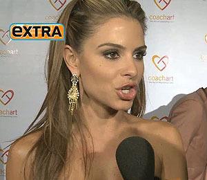 Maria Menounos Hosts the CoachArts Champion Ball