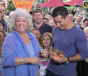 Paula Deen Not Sweet on Anthony Bourdain's Criticism
