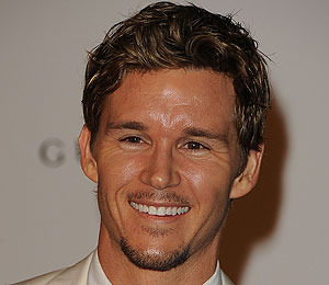 Ryan Kwanten: From Sex Symbol to Nerd