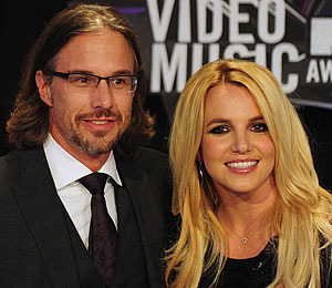 Britney Spears is Gettin' Hitched Again, Y'all!
