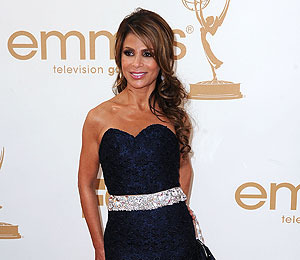 Extra Scoop: Police Show Up to Paula Abdul's House with Guns Drawn