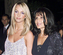 Lynne Spears Details Britney's 'Storm'