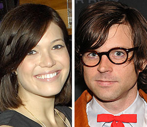 Mandy Moore to Marry Rocker Beau