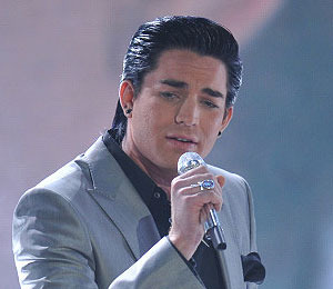 No 'Tears' Here -- Lambert Wows on 'Idol'