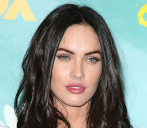 Megan Fox on Kissing Girls