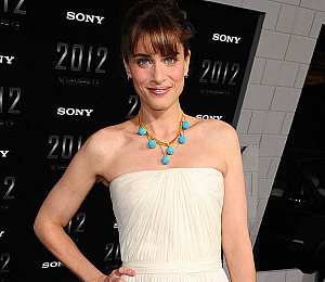 Amanda Peet Wishes She Had Jen Aniston's Body