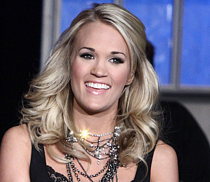 Carrie Underwood 'Old Fashioned' in Love