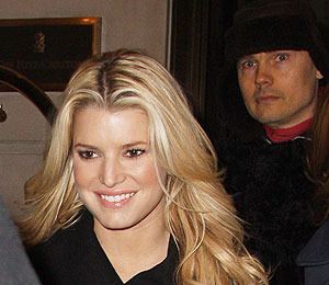 Jessica Simpson 'Getting to Know' Billy Corgan