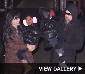 Brad, Zahara, Shiloh Visit Angelina's 'Salt' Set