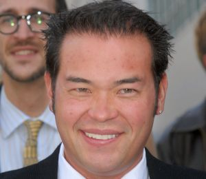 Jon Gosselin's New Hobby: Yoga!