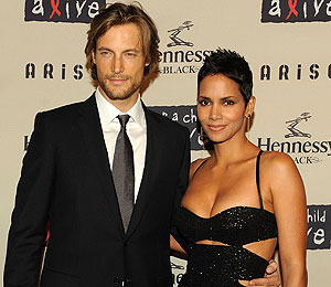 Halle Berry and Boyfriend to Splitsville