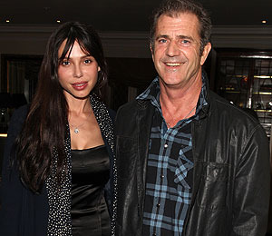 Extra Scoop: Mel Gibson Gets Restraining Order Against His Baby Mama