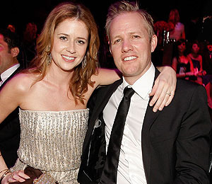 Extra Scoop: 'Office' Actress Jenna Fischer Ties the Knot