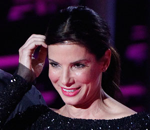 Sandra Bullock, 'Glee' Stars Headline Teen Choice Awards