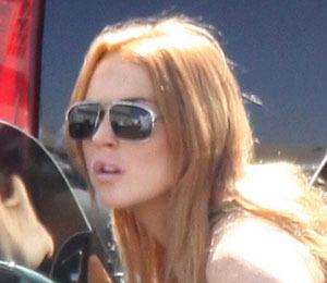 Extra Scoop: Lohan Leaves Rehab, Off to Court! Plus, Kim Kardashian's B-Day!