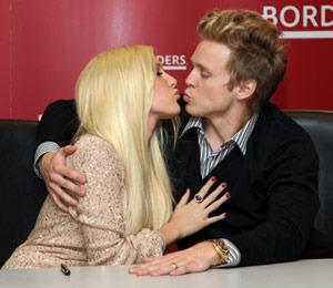 Extra Scoop: Heidi and Spencer Call Off Divorce! Plus, LiLo Rehab Pics