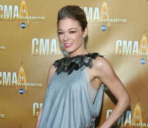 CMA Roundup: LeAnn is NOT Engaged! Plus, Gwyneth a Hit