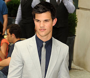 Taylor Lautner Wants to Go Back to School
