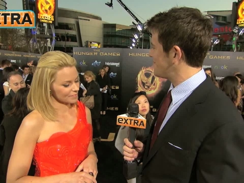 More Moments from 'The Hunger Games' Premiere!