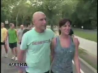 Ethan Zohn Goes the 'Extra' Mile