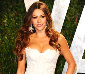Sofia Vergara on Rumored Lesbian Scenes with Sharon Stone