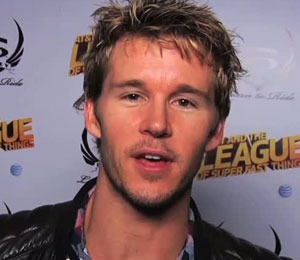Video! Ryan Kwanten Gives a Shout-Out to 'Extra' at Sundance
