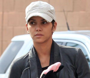 The Ex Factor: County Recommends Counseling for Halle Berry's 3-Year-Old