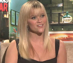 Video! Reese Witherspoon Dishes on Hot 'This Means War' Co-Stars