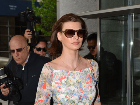 Linda Evangelista Settles with Baby Daddy