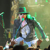 Extra Scoop: Guns N' Robbers! Axl Rose in $200K Jewelry Theft in Paris