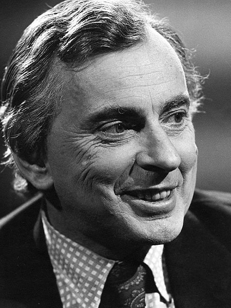 gore vidal political essays From from sex is politics, by gore vidal, playboy, january 1979: the sexual attitudes of any given society are the result of political decisions although our.