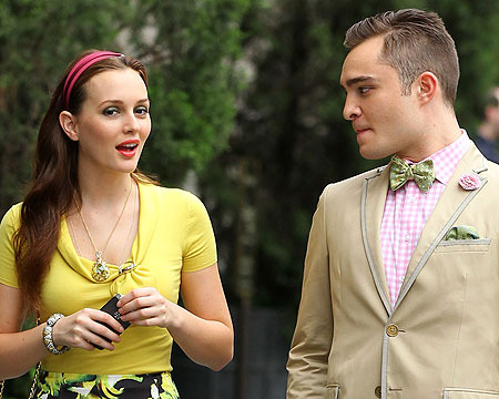 "Leighton Meester and Ed Westwick shoot a scene for ""Gossip Girl."""