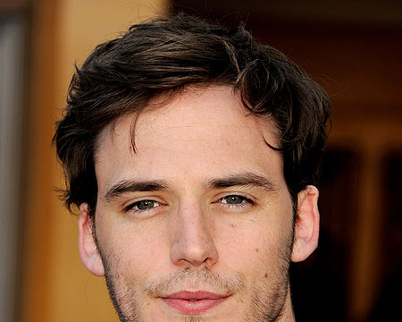 The Extra List: 5 Things About Sam Claflin