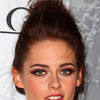 Extra Scoop: Kristen Stewart on the High Price of Fame
