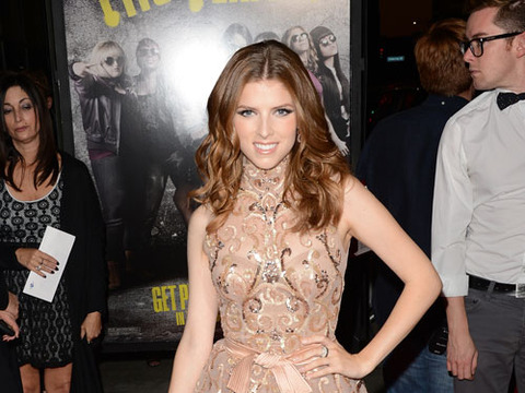 Anna Kendrick on Jake Gyllenhaal: 'I Like a Little Scruff'