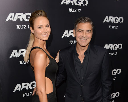 Extra Scoop: George Clooney, Stacy Keibler Attend 'Argo' Premiere