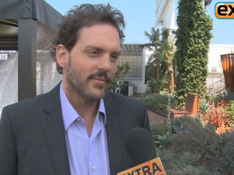 'Extra' Raw! Chatting with 'Grimm' Star Silas Weir Mitchell