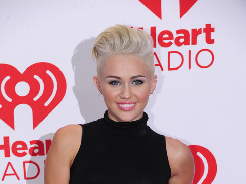 Miley Cyrus: How Liam Hemsworth Proposed