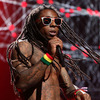 Extra Scoop: Lil Wayne Suffers Second Seizure, Released from Hospital