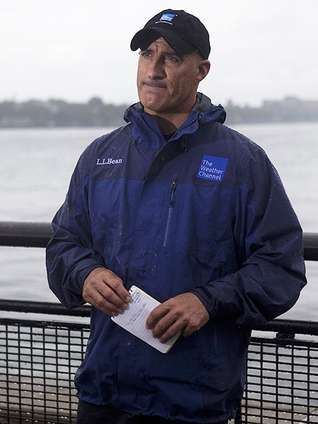 Video Jim Cantore S Best Storm Chasing Moments Extratv Com